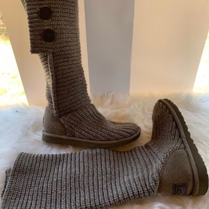 UGG Gray Cardy Boots Size 6 EUC!
